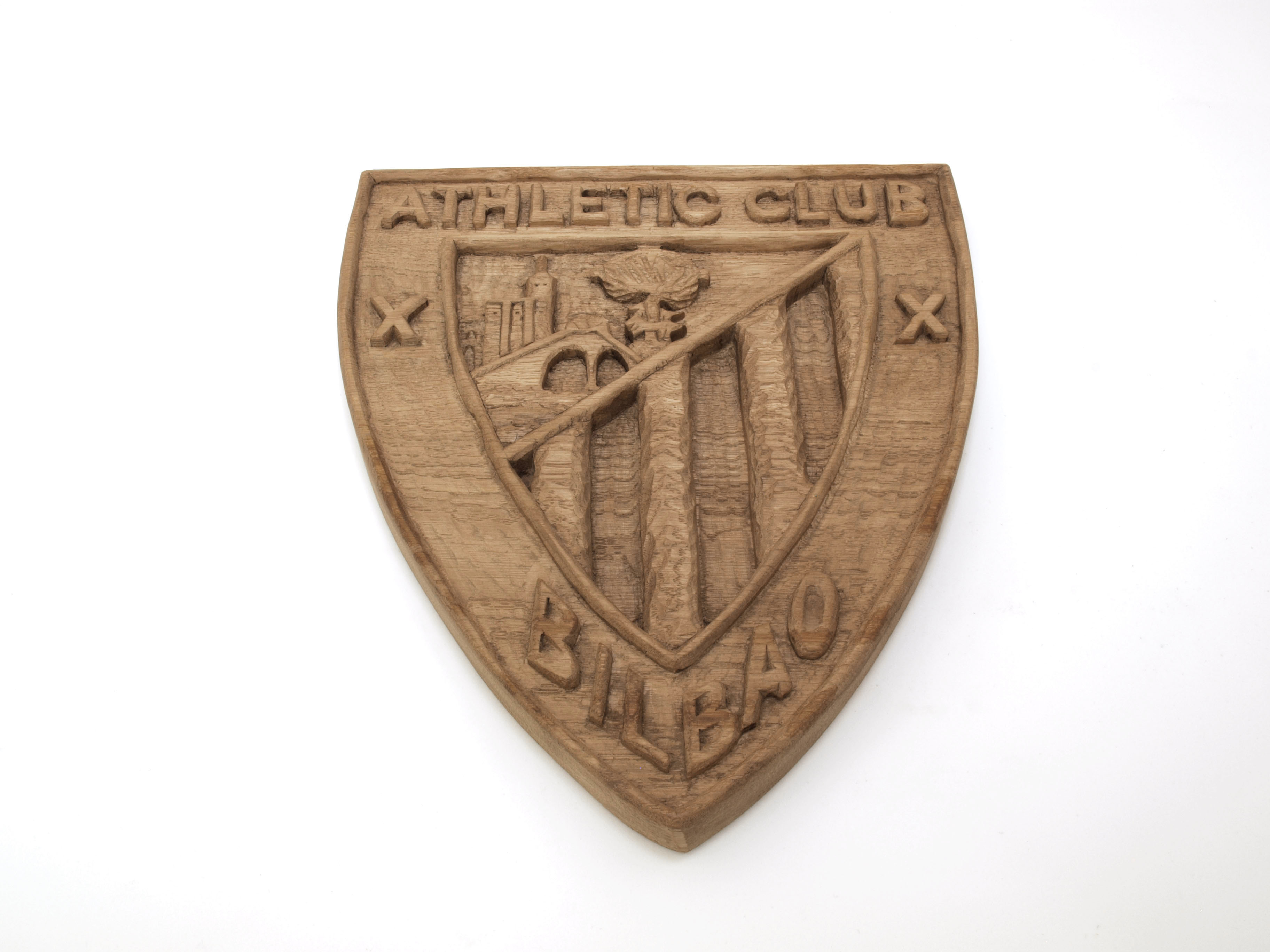 Escudo Athletic Club de Bilbao tallado en madera de roble